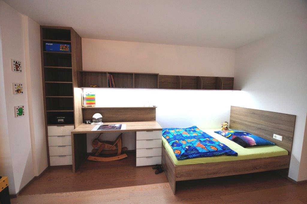 kinderzimmer moebel bett mit schreibtisch schreibtisch mit bett 22 beaufiful ideen mit bett. Black Bedroom Furniture Sets. Home Design Ideas